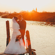 Wedding photographer Mila Antoshkina (milavangogh). Photo of 24.12.2016
