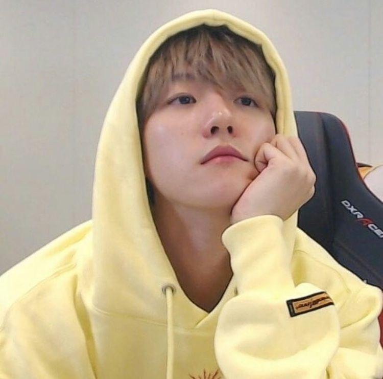baekhyuncolors_yellow1