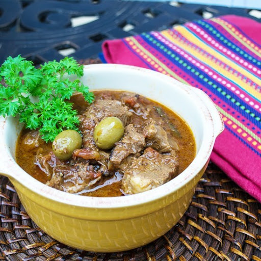Carne Guisada (Spanish Beef Stew w/ Tomatoes and Olives)