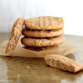 Gluten Free Almond Butter Cookies.