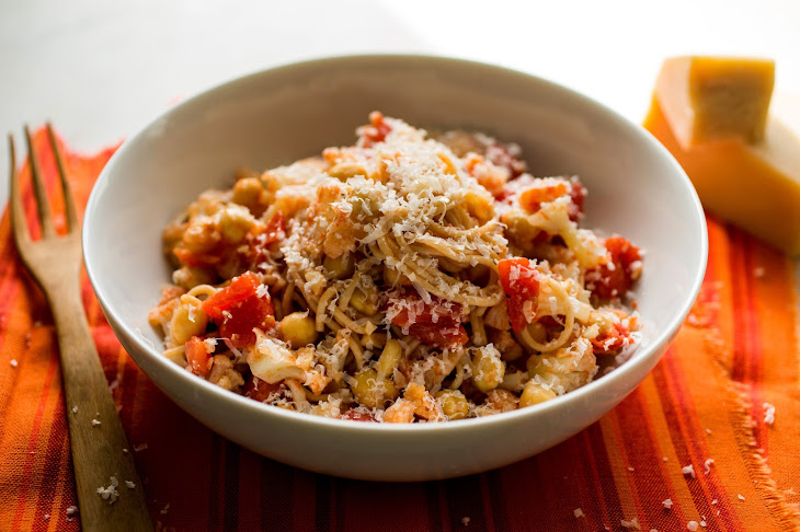 Quinoa Spaghetti With Cauliflower, Almonds, Tomatoes and Chickpeas ...