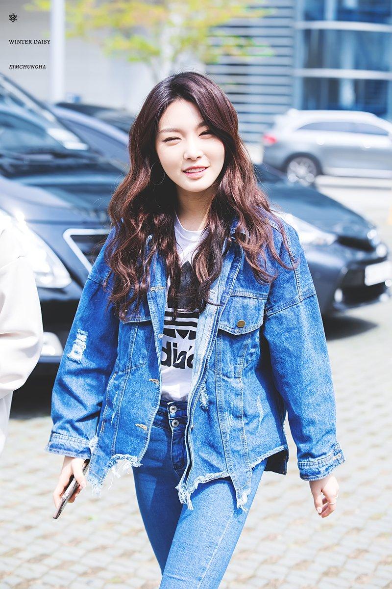 Kim.Chung-ha.full.150751