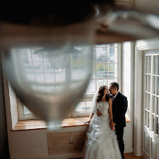 Wedding photographer Dmitriy Kizhapkin (dampsi). Photo of 15.09.2017