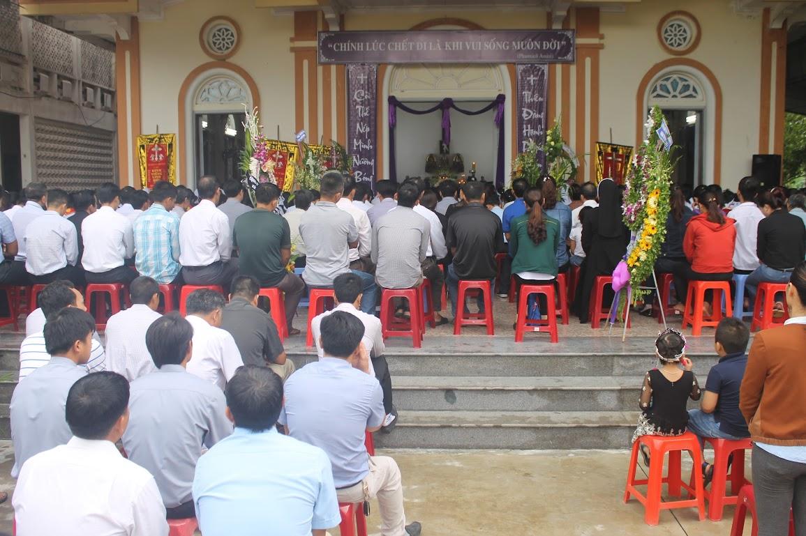 Thánh Lễ An Táng Nữ Tu Anna Trần Thị Phượng - Dòng Mến Thánh Giá Vinh - Ảnh minh hoạ 24