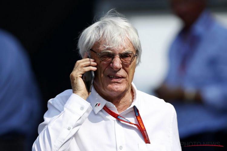 """F1-baas vreest opnieuw een saai seizoen, maar ziet één lichtpunt: """"Alleen hij kan het Hamilton moeilijk maken"""""""
