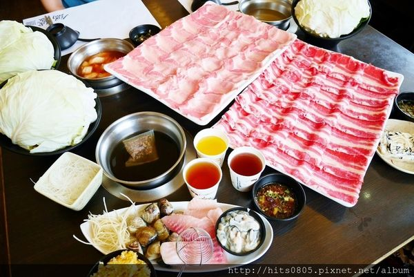 台北中山-鍋饕精緻涮涮鍋.重量級雪花黑牛/重量級TORO黑豚肉.近大直