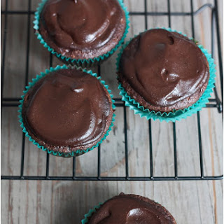 Healthy Chocolate Zucchini Cupcakes