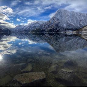 Sandvinsvatne by Sigbjørn Fjellheim - Landscapes Mountains & Hills ( hardanger )