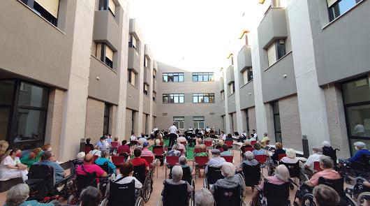 Concierto de la Banda Municipal para los mayores de la residencia de El Zapillo
