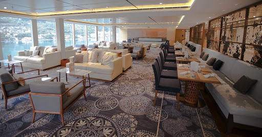 Viking-Star-mamsens.jpg - A look at the Mamsen's dining venue on Viking Star.