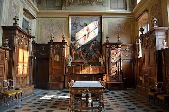 """Photo: Sala Capitolare (primi anni del sec. XIX) - Sullo sfondo la pala """"La resurrezione di Cristo"""" di Guglielmo Caccia detto """"Il Moncalvo"""""""
