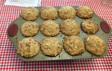 Apple  Nut Muffins With Streusel Topping Recipe
