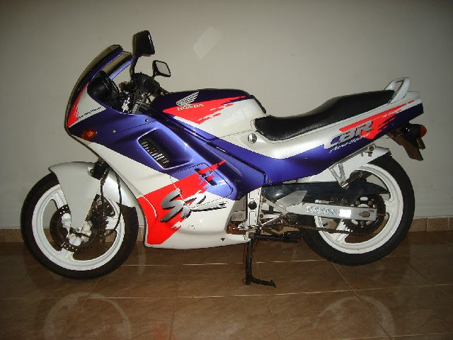 Honda CBR 450-manual-taller-despiece-mecanica