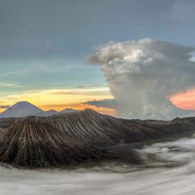 Bromo Tengger Semeru national park by Paul Cowell - Landscapes Mountains & Hills ( moutain, volcano, semaru, indonesia, batok, sunrise, bromo, panorama, surabaya )