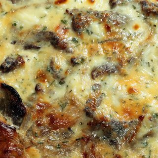 Cheesy Steak And Veggie Bake