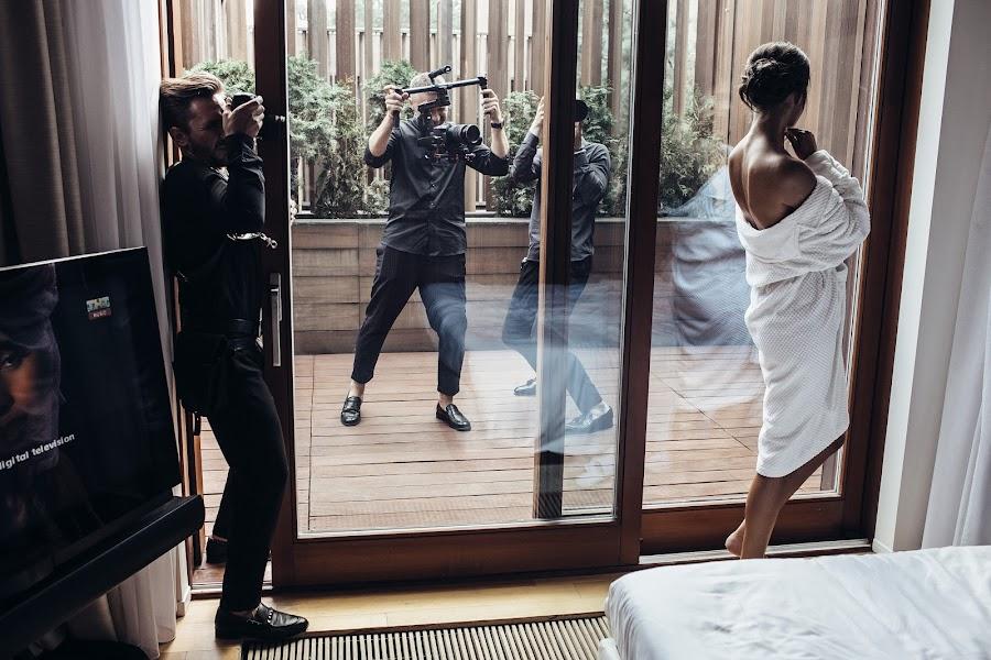 Wedding photographer Vasiliy Tikhomirov (BoraBora). Photo of 12.11.2019