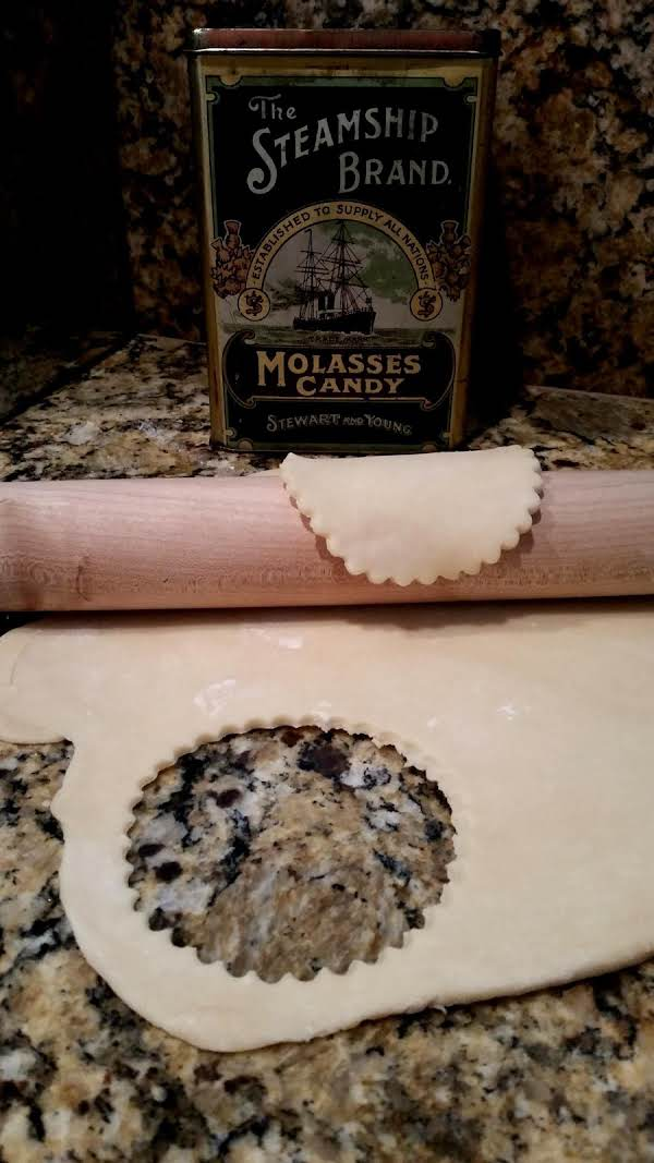Moms Simple Pie Crust Recipe