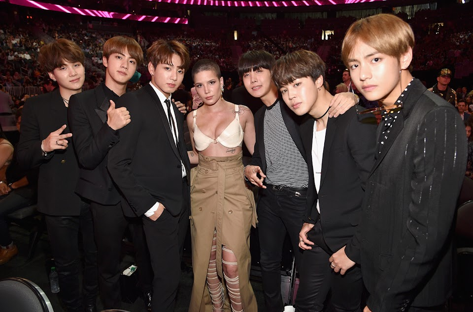 halsey-and-bts-bbmas-show-2017-a-billboard-1548