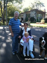 Photo: September 18, 2011, three days after the amutation of my right leg.  Walking the dog with André and the kids.  Glad to be HOME!