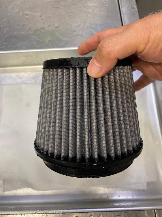 CX-5 KF5Pの25T,K&Nエアフィルター,掃除,毒キノコ フィルター交換に関するカスタム&メンテナンスの投稿画像4枚目