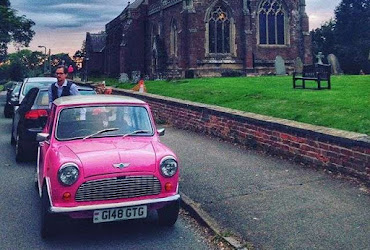 the pink mini car treasure hunt in braunston