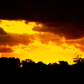 by Michael Thorndike - Landscapes Sunsets & Sunrises ( dusk, sunset, amateur, photography, landscape )