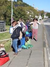Photo: Warten auf den Bus
