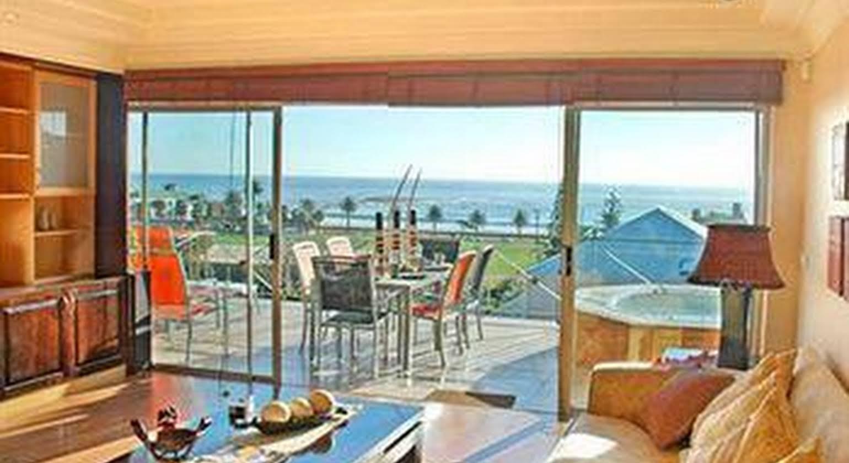 Beachside Villa & Penthouse