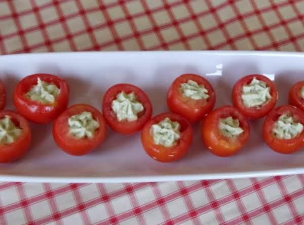 Avocado-stuffed Tomatoes