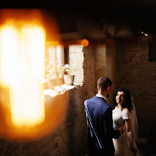 Wedding photographer Anton Bakaryuk (bakaruk). Photo of 02.04.2018