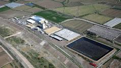 La desaladora de Villaricos, averiada desde la riada de San Wenceslao en 2012, está a un tiro de honda de la cuenca del Segura.