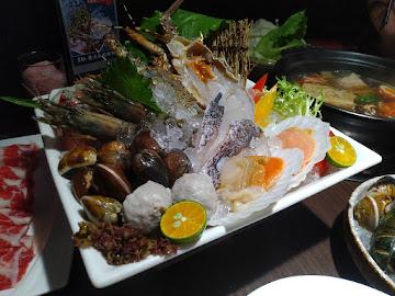 黑鍋港式海鮮鍋物