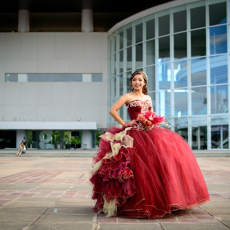 Wedding photographer Vick Cifuentes (VickCifuentes). Photo of 05.09.2017