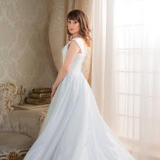 Wedding photographer Anna Merkulova (katsuragi). Photo of 24.02.2016