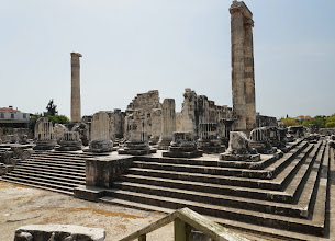 Photo: temple of Apollo at Didyma, first temple built by paid workers, instead of slaves. naturally, this led to the first strike in history