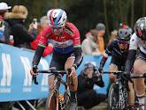 Chantal Blaak wint de Omloop Het Nieuwsblad bij de vrouwen
