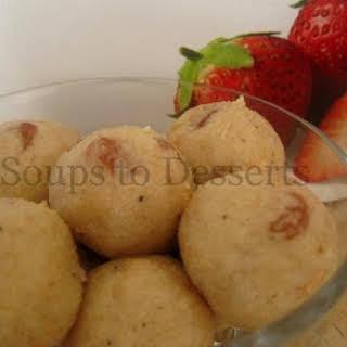Bread Crumbs laddu/ Bread Crumbs Ladoo.