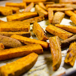 Curried Baked Sweet Potato Fries
