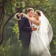 Wedding photographer Ivan Cyrkunovich (HiViv). Photo of 08.07.2013
