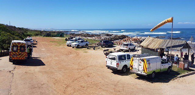 Two scuba divers were found following a massive search operation after they were reported missing near Cape Recife.