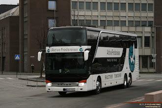 Photo: A#: KH 71017 ved rutebilstasjonen i Drammen, 11.11.11. Aktive Fredsreiser - Travel For Peace AS, Risør.