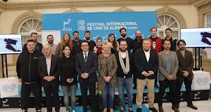 Integrantes de la Asociación de Técnicos y Empresas del Sector del Audiovisual de Almería (TESA), junto a representantes de las administraciones.