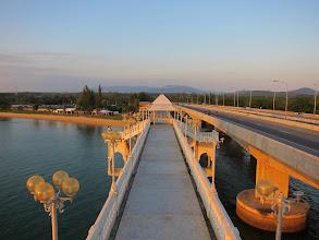Photo: Sarasin bridge (old and new)