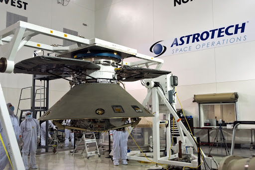 InSight Spacecraft Lift to Rotation Fixture