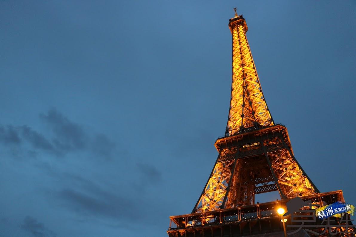 巴黎散步路線 | 凱旋門、艾菲爾鐵塔 | 著名歷史景點導覽