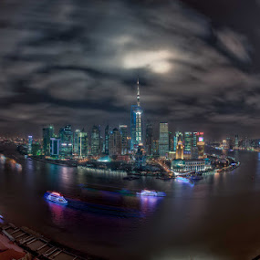 curve in the Huang Pu river, Shanghai Bund by Paul Cowell - City,  Street & Park  Vistas