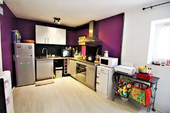 appartement à Saint-Mitre-les-Remparts (13)