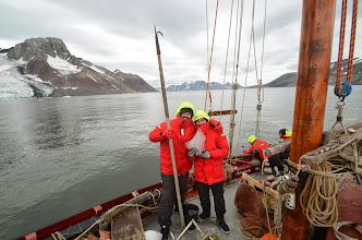 Photo: Peche d'iceberg... pourquoi ? mojitos ou whisky ?