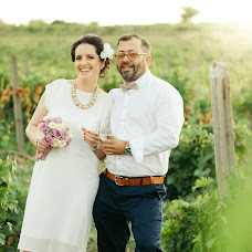 Wedding photographer Marius Baciu (lauraandmarius). Photo of 24.02.2016