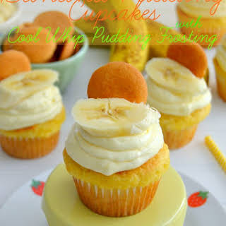 Banana Pudding Cupcakes with Cool Whip Pudding Frosting.